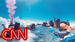 Go skydiving with the US Army - 360 Video - CNN