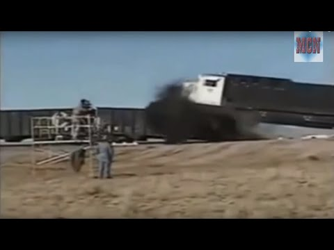 TRAIN CRASH TEST COMPILATION !!! (SLOW PLAY !!)