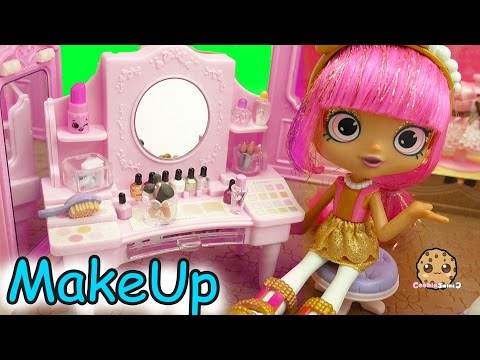Shopkins Shoppies Dolls Get Makeup Make Overs At Boutique Cosmetic Counter