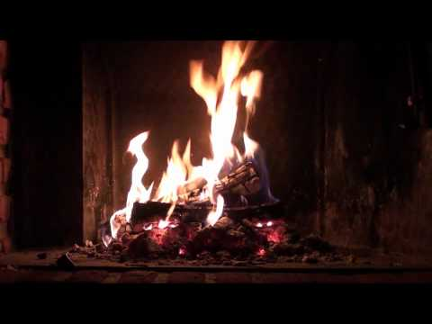 Romantic Fireplace - Burning & Crackling Logs (HD 1080p Widescreen, Wallpaper)