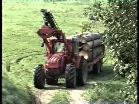 Rimorchi agricoli Randazzo: rimorchio tandem forestale motrice in azione