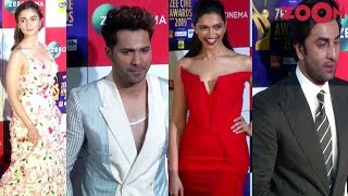 B-Town Stars grace an award ceremony | Deepika Padukone, Ranbir Kapoor, Alia Bhatt, Varun Dhawan - ZOOMDEKHO