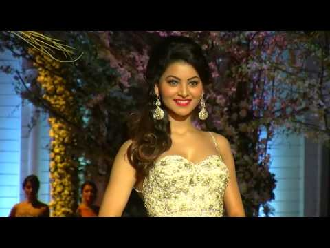Sunny Deol's Heroine Urvashi Rautela In Sexy White Gown   India Bridal Fashion Week   YouTube