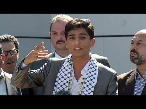 Ο αραβικός κόσμος συγκινήθηκε με το τραγούδι του νεαρού Παλαιστίνιου, που κέρδισε στο Arab Idol