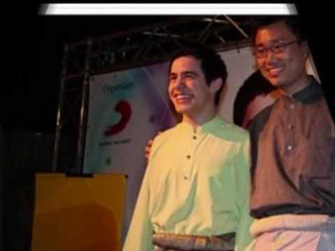David Archuleta wearing Baju Melayu! + Other Pics of Him in Malaysia!