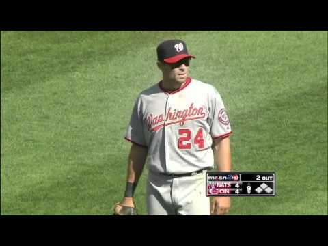 2011/08/28 Ankiel's amazing throw