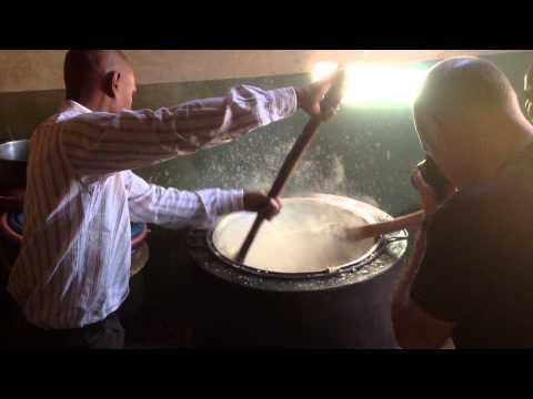 MISSION TO AFRICA - Preparazione pasto per i più poveri
