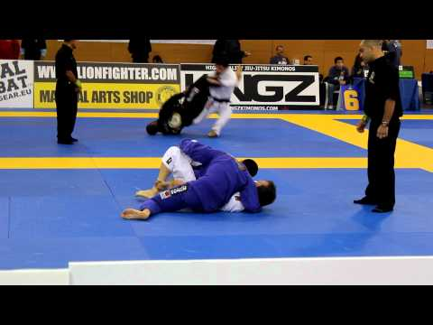 Michael Langhi (Alliance) VS Maxime Olivier (Checkmat bjj / Gokudo) Europeu 2012