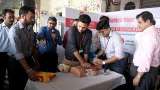 Doctors demonstrate the use of AED to treat cases of heart attack - TIMESOFINDIACHANNEL