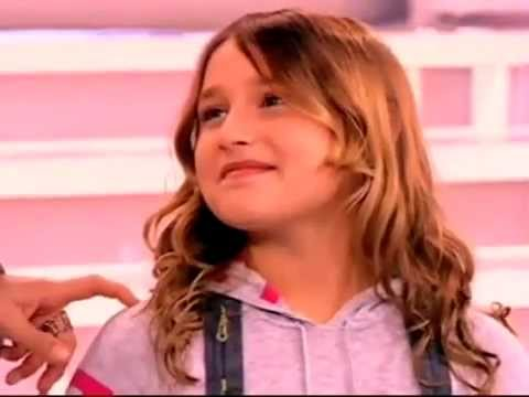 Sasha Meneghel visita Xuxa no programa de  Dia das Mães