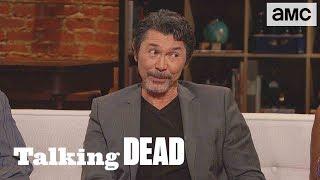 'Who's a Better Shooter, Billy the Kid or John Dorie?' Fan Questions Ep. 829   Talking Dead - AMC