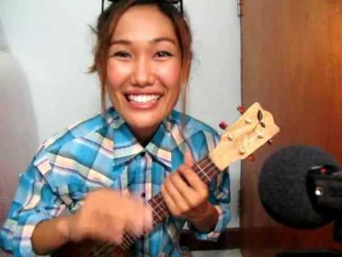 How to play ukulele : Lazy Song by Apple Show