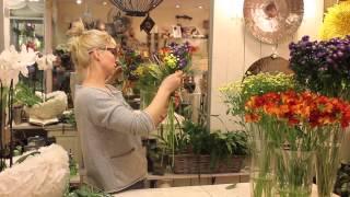 Уроки флористики от студии цветов Славы Роска. Мастер-класс Егоровой Анастасии - полевой букет-веер