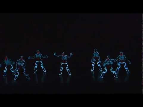 ALUCINANTE COREOGRAFIA AL ESTILO TRON - Amazing dance performance JAPON America's Got Talent