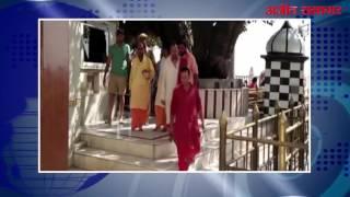 हिमाचल : पूर्व क्रिकेटर वेंकटेश प्रसाद श्री नैना देवी में हुए नतमस्तक