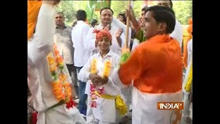 Congress supporters celebrate Rahul Gandhi's 48th birthday - INDIATV