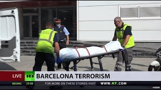 Knife-wielding man attempting to attack officers shot dead by police in Barcelona - RUSSIATODAY