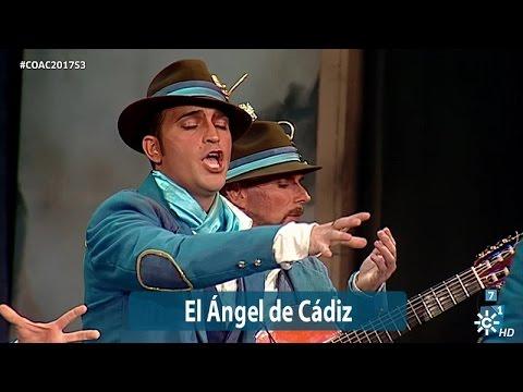 Sesión de Semifinales, la agrupación El ángel de Cádiz actúa hoy en la modalidad de Comparsas.