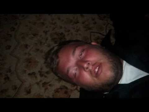 Little guy knocks out big guy drunk knockout