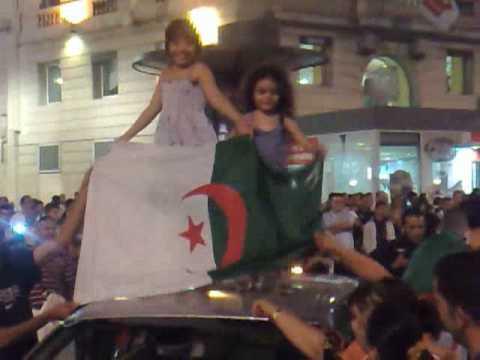 Algierczycy na ulicach Marsylii
