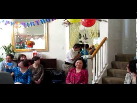 Con gái trưởng của Nhạc sĩ Mừng sinh nhật bố Vũ Đức Nghiêm