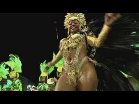 Rio de Janeiro Carnival reaches its sexy climax at the Sambadrome