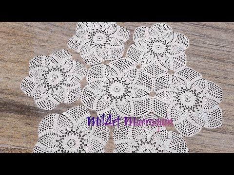 Mantel Circular con Tejido Exagonal de Piñas