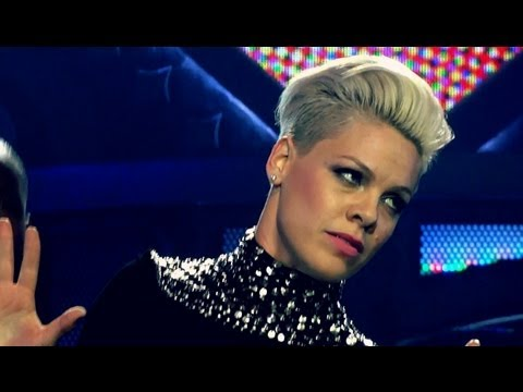 P!NK - WALK OF SHAME  - THE TRUTH ABOUT LOVE TOUR - MUNICH GERMANY - MAY 19