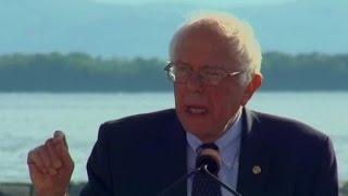 Sanders holds first major rally - CNN