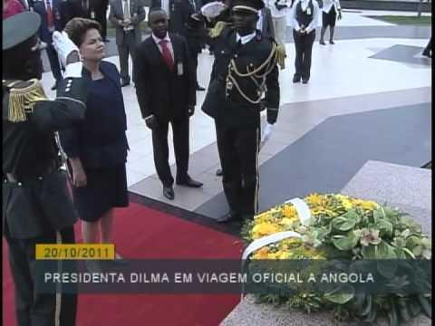 Angola: Após discurso na assembleia nacional, Dilma reuniu-se com lideranças de mulheres angolanas