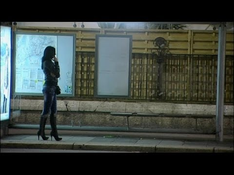 Related video for Salon prostitution paris