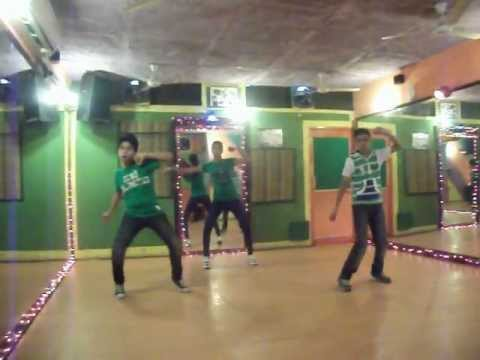 hookah bar - khiladi 786 dance performance by step2step dance studio, 09888697158.