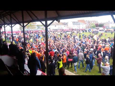 Luton fans celebrate at Welling(5)