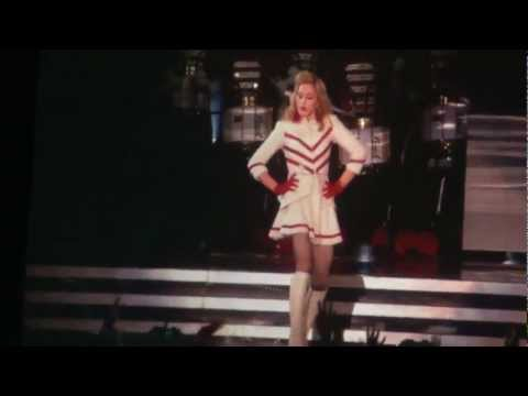 MADONNA  MDNA BARCELONA - GIVE ME ALL YOU LOVIN'