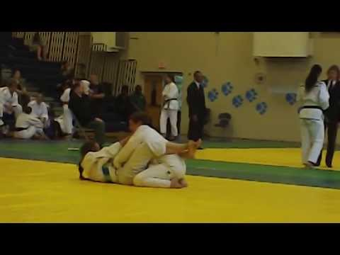 Lori Latimer dominating her second BJJ match.