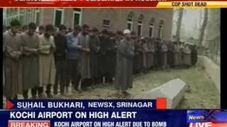 J&K: Terrorists kills policeman in Kulgam - NEWSXLIVE