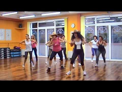 PAYASO DE RODEO CABALO DORADO FITNESS DANCE DANA