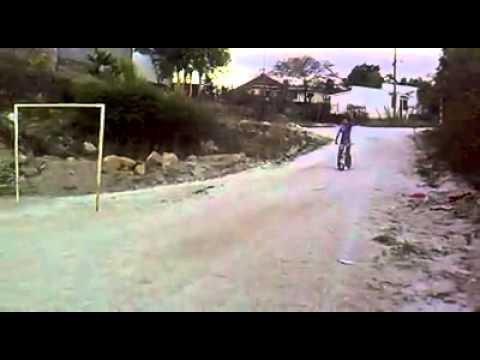 Salto en bicicleta(CHICOLED)
