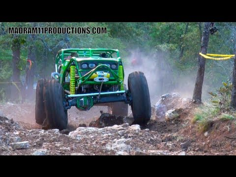 ROCK BOUNCERS BATTLE ULTRA4 CARS