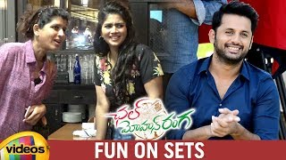 Chal Mohan Ranga Fun On Sets | Nithiin | Megha Akash | Pawan Kalyan | Trivikram | Mango Videos - MANGOVIDEOS
