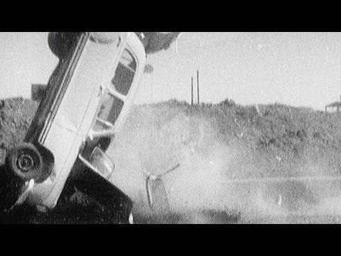 Autoperiskop.cz  – Výjimečný pohled na auta - Stovky rozbitých Mercedesů