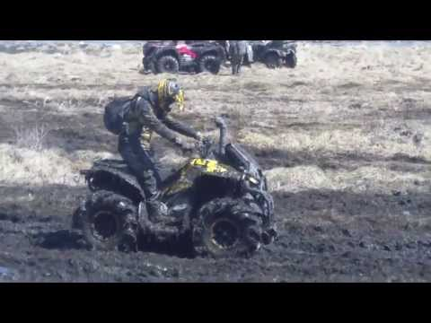 2013 Can Am Renegade 1000 XXC Awesome Rip Through Mud/Skeg!!!!