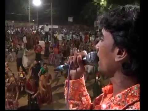 Gujarati  Song Garba Rohit Thakor Live 2011 - Lions Club Kalol - Rohit Thakor - Day-8 Part-14