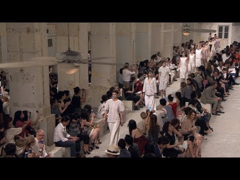 Cruise 2013/14 CHANEL show
