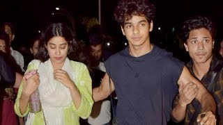 'Dhadak' co-stars Janhvi Kapoor and Ishaan Khatter spotted post movie date - TIMESOFINDIACHANNEL