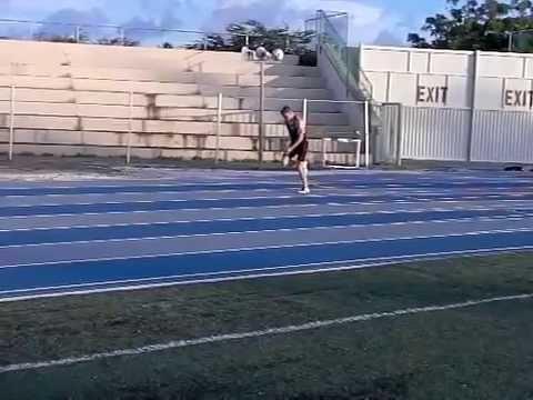 Wouter traint in december 2012 op Curacao bij Wendell Prince