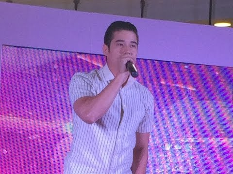 Mario Maurer @ Seventeen Valentinsday / Terminal 21 Shopping Mall in BKK