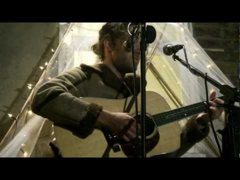 Matt Corby - 'KINGS, QUEENS, BEGGARS AND THIEVES' (London Secret Garden Show - 19.09.2012)