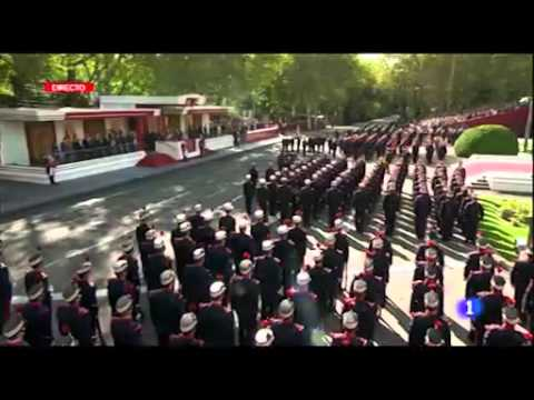 Desfile militar 12 Octubre #DiadeTodos