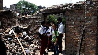 بالفيديو| مدارس نيبال تعود للعمل عقب التعافي من آثار الزلزال